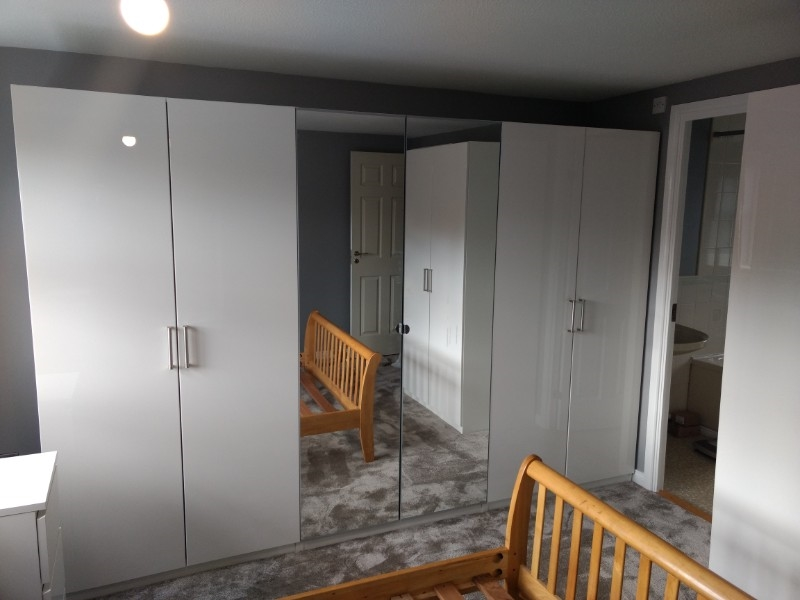 wardrobes with mirror doors