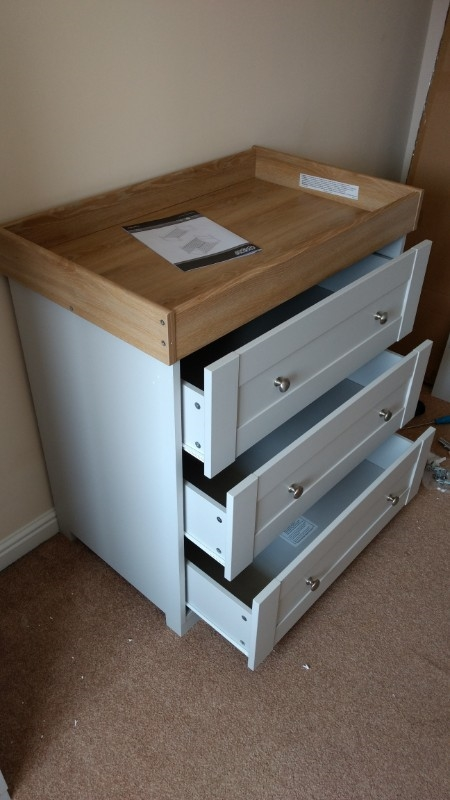 Ikea hemnes chest assembled in NG13 8 Nottinghamshire